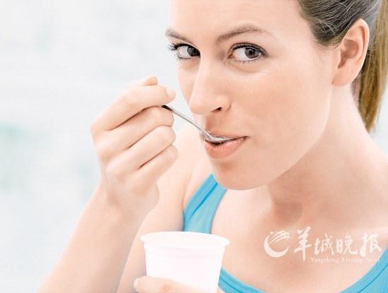 不舔酸奶盖就吃亏了?喝酸奶的误区你知道多少
